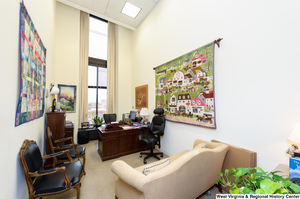 "[""This photo shows the office of Senator John D. (Jay) Rockefeller's Chief of Staff.""]%"