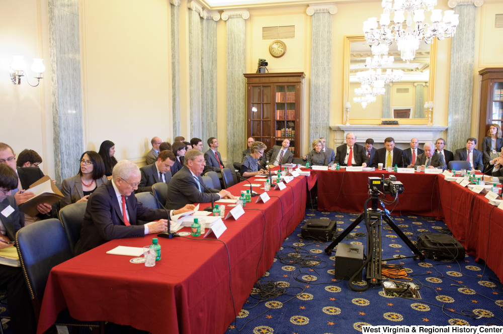 "[""Members of the House and Senate join together for a joint Commerce Committee.""]%"
