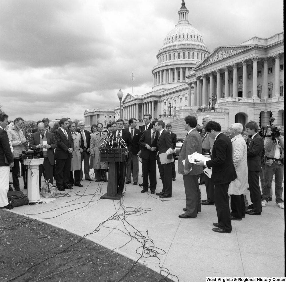 "[""This wide angle photograph shows an alternative motor fuels press event outside the Senate building.""]%"