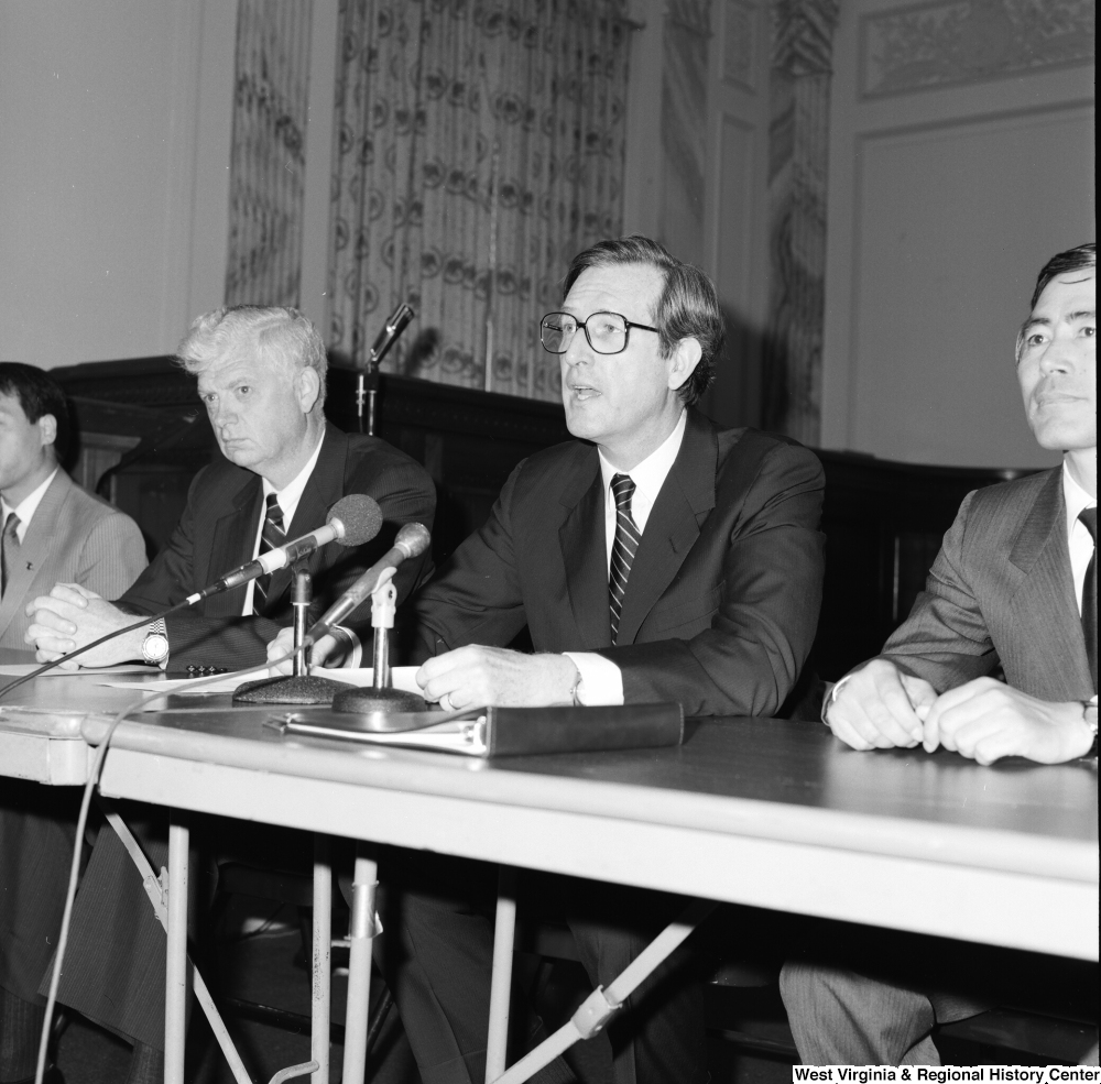 "[""Senator John D. (Jay) Rockefeller speaks to the media at a press event.""]%"