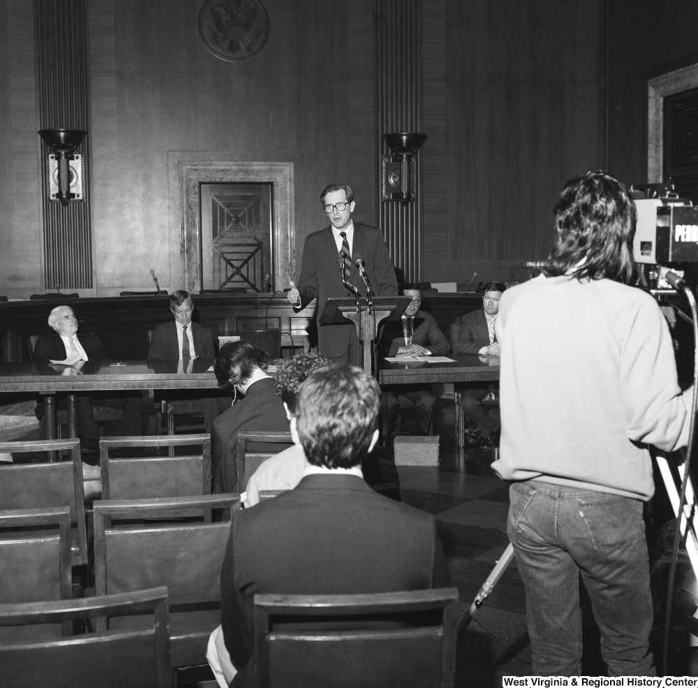 "[""Senator John D. (Jay) Rockefeller speaks at a Veterans' Affairs Committee press event.""]%"